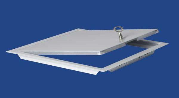 Fehér zománcozott acél szervizajtó, kulccsal - 40 x 40 cm